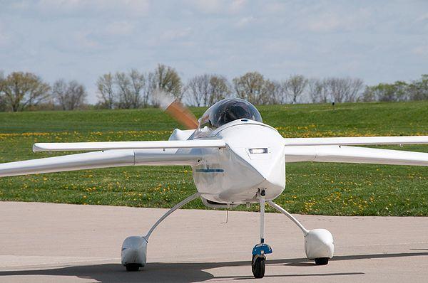 N47VE takeoff1.jpg