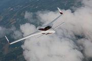 Velocity 427VA Air to Air Osh 09 034.jpg