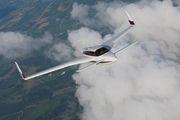 Velocity 427VA Air to Air Osh 09 033.jpg