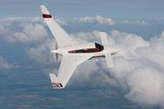 Velocity 427VA Air to Air Osh 09 010.jpg