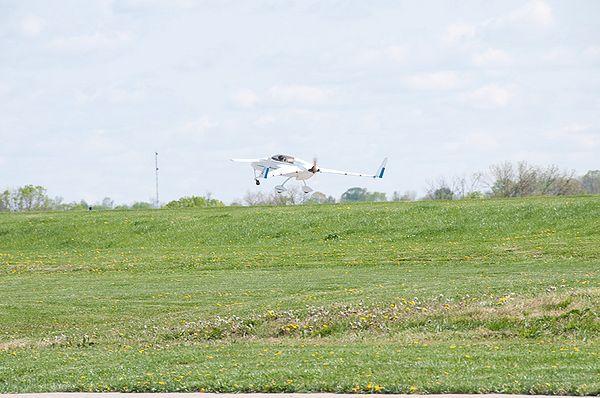 N47VE takeoff9.jpg