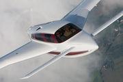 Velocity 427VA Air to Air Osh 09 035.jpg